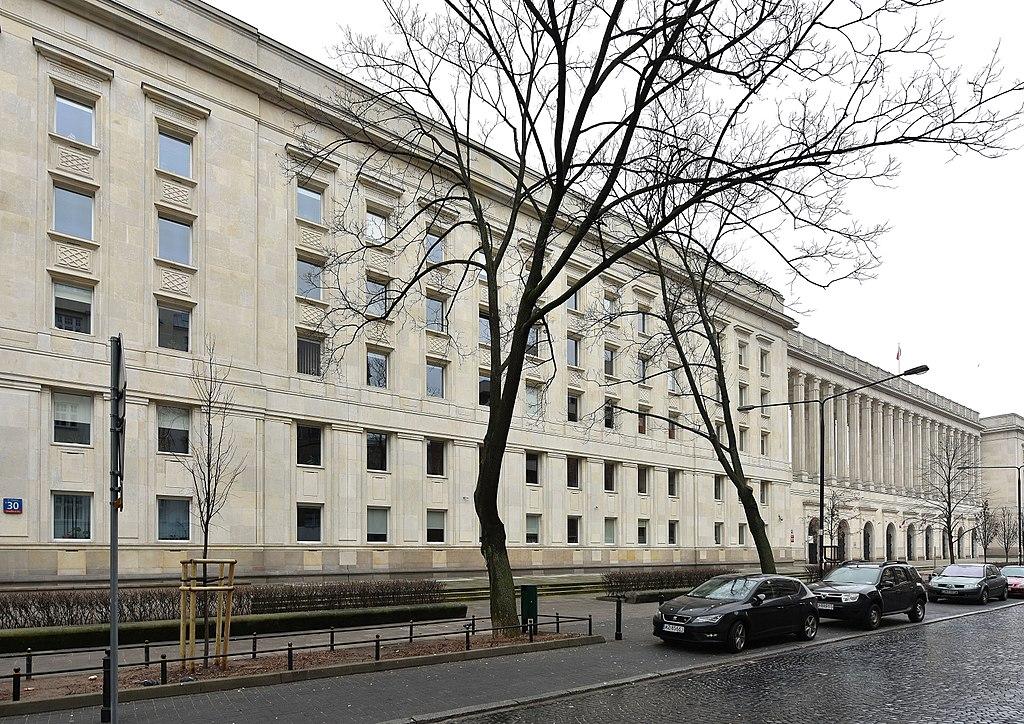 Social réalisme en architecture à Varsovie : Ministerstwo Rolnictwa i Rozwoju Wsi - Photo d'Adrian Grycuk