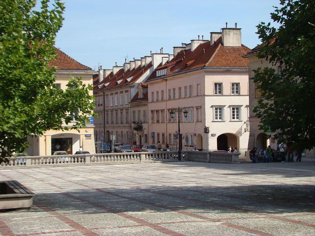 Sur la place du marché du quartier de Mariensztat à Varsovie - Photo de Szczebrzeszynski