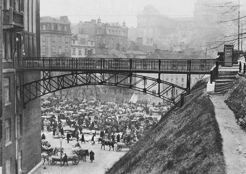 Marché de Mariensztat dans l'entre deux guerre à Varsovie.