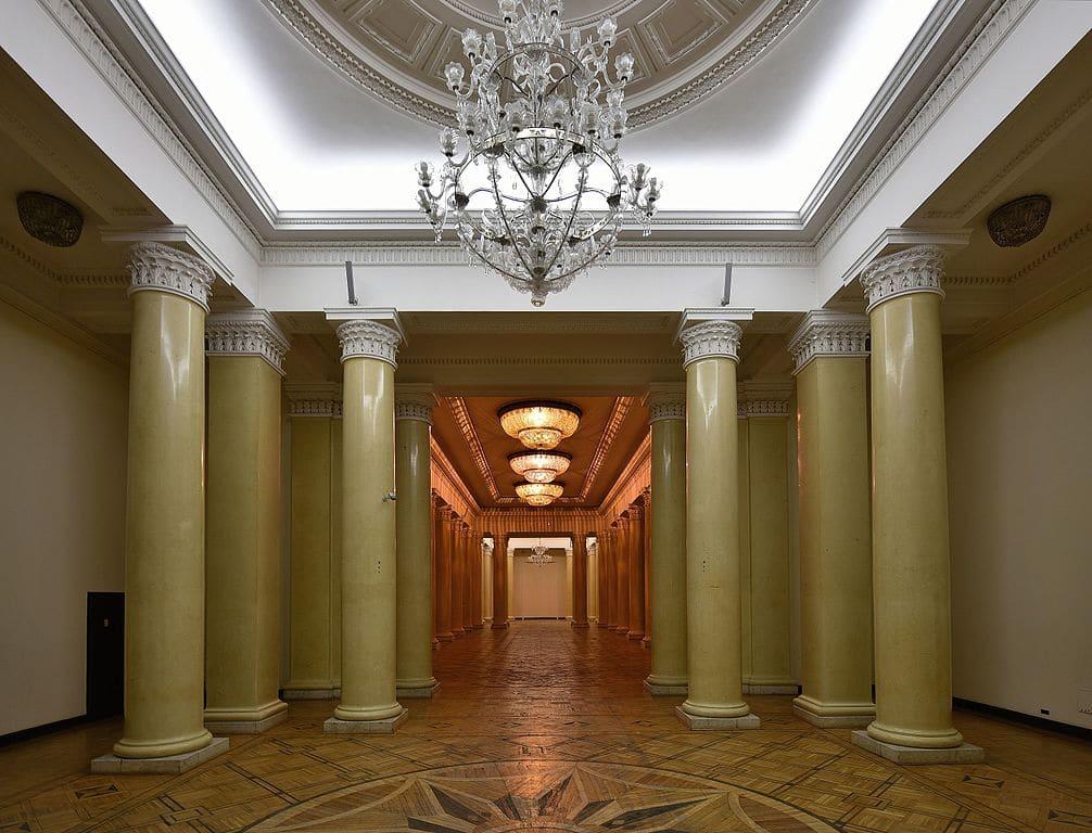Salle Stefan Starzyński à l'intérieur du PKiN à Varsovie - Photo de l'Adrian Grycuk
