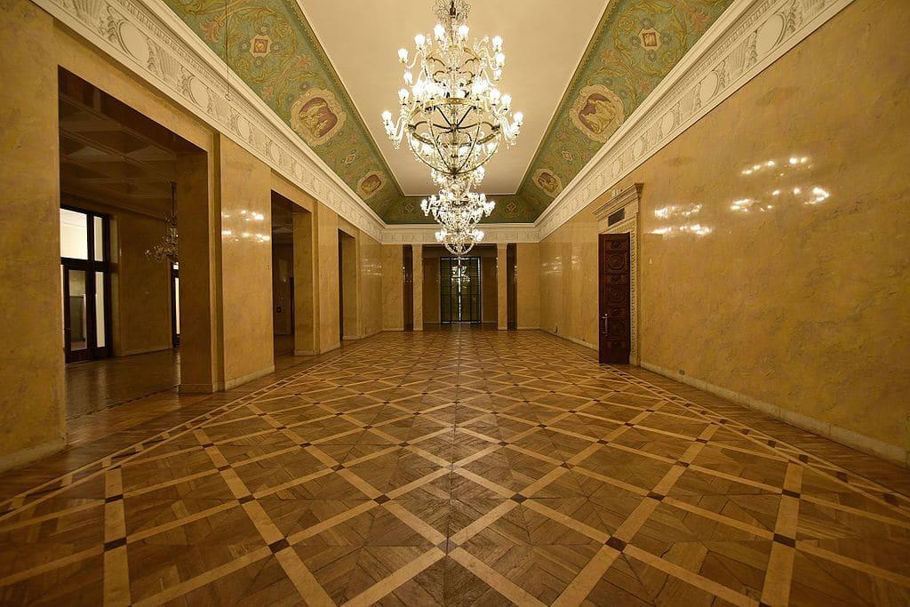 Salle Władysław Broniewski à l'intérieur du PKiN à Varsovie - Photo de l'Adrian Grycuk