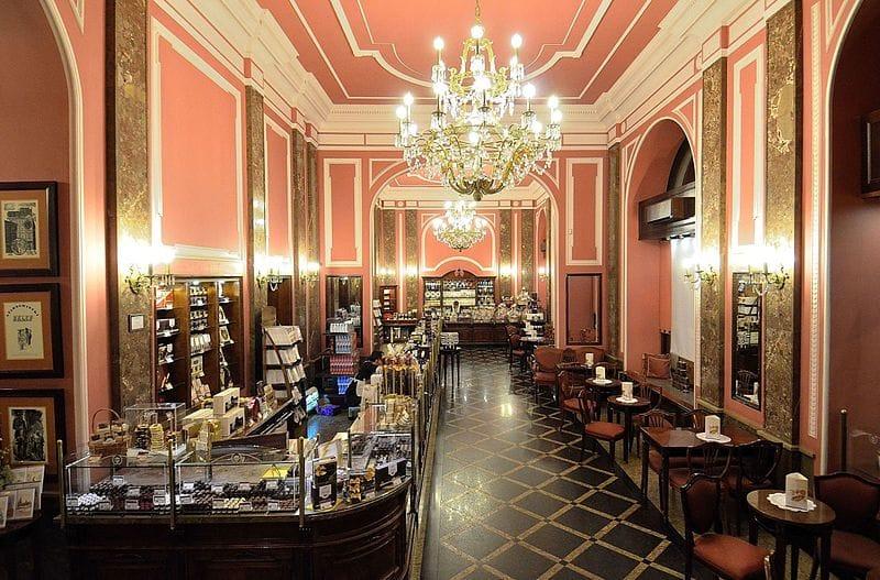 L'intérieur de la chocolaterie Wedel à Varsovie.