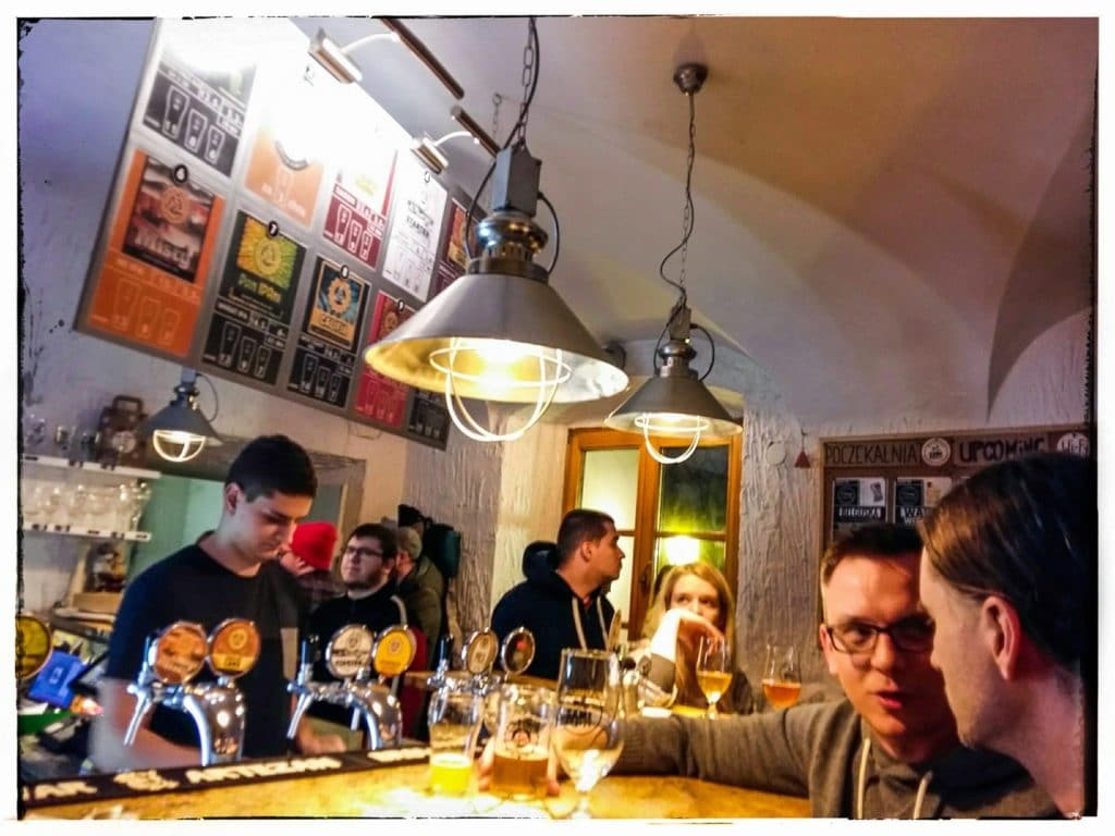 10 Bars à bière à Varsovie : Multitap, microbrasseries et bar de quartier