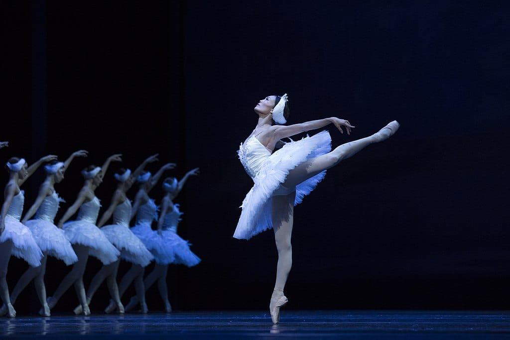 > Opéra de Varsovie dans le Centre-Nord : Ballet National avec Yuka Ebihara dans le lac des cygnes. Photo Ewa Krasucka TW-ON