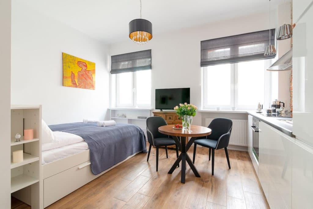 Appartement lumineux au sud du centre-ville de Varsovie en location sur Airbnb.