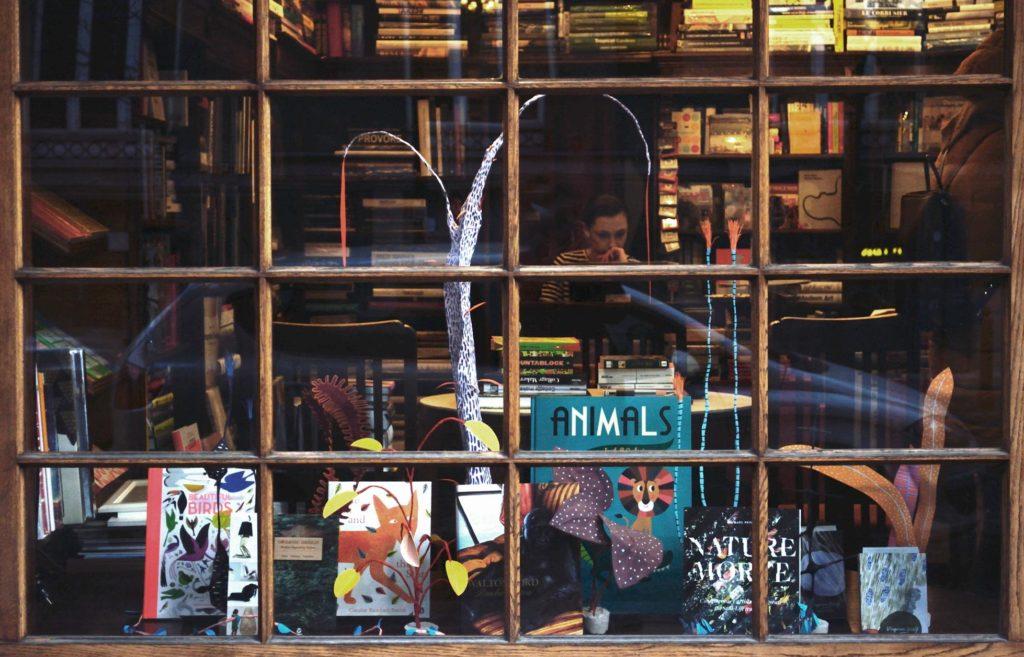 Librairie Jak wam sie podoba à varsovie - Photo de Małgorzata Czekajło