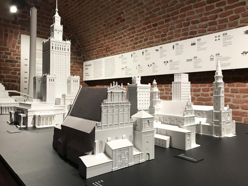Maquette de constructions emblématique de Varsovie - Musée d'histoire de Varsovie.