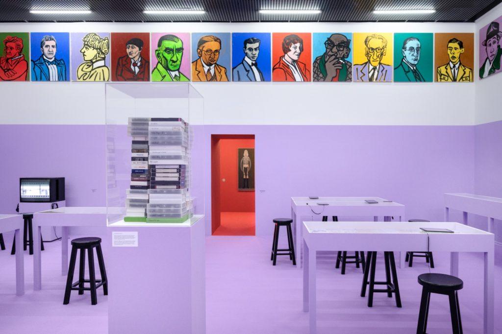 """Centre d'art contemporain Ujazdowski expo sur Radziszewski """"Potęga sekretów"""" - Photo Bartosz Górka"""