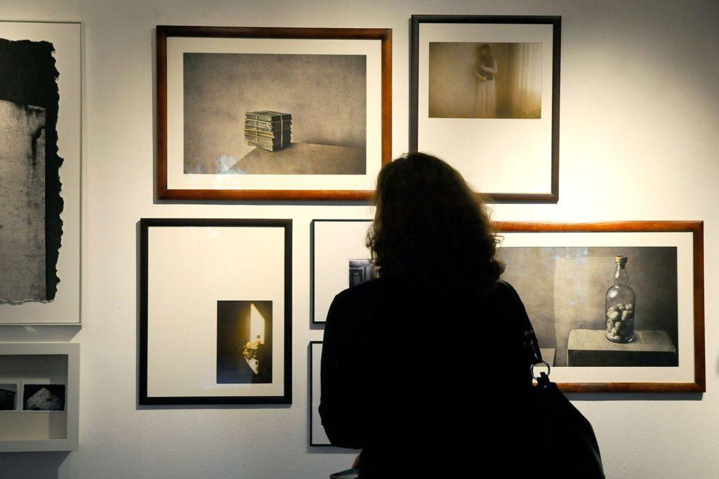 Expo dans la Galerie ZPAF. de Varsovie. Photo de Witek Kurowski