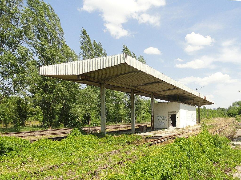 Station ferroviaire abandonnée dans le quartier de Wola à Varsovie.