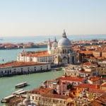Rejoindre Venise depuis l'aéroport de Trévise : Navette bus ou train
