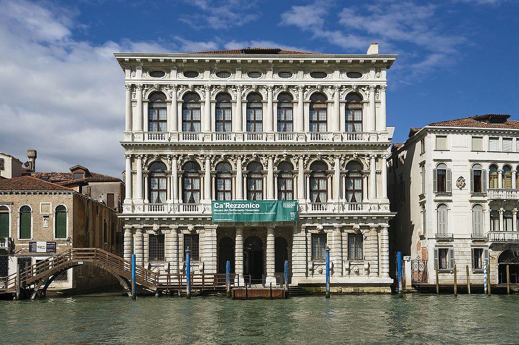 Palais de la Ca'Rezzonico à Venise - Photo de Didier Descouens
