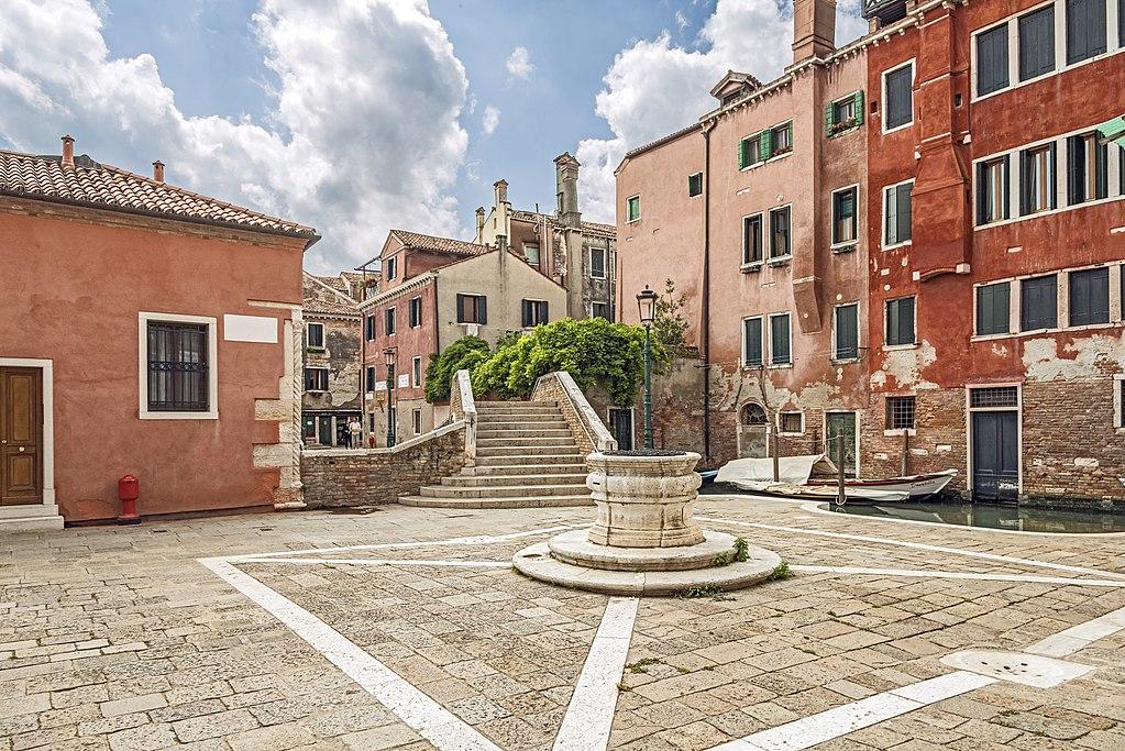 Campo San Boldo dans le quartier de Santa Croce à Venise - Photo de Didier Descouens