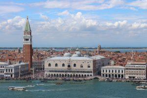 Rejoindre Venise centre depuis l'aéroport Marco Polo : En bateau, bateau taxi et bus