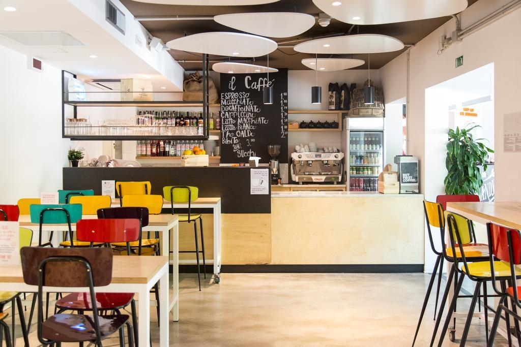 Café de l'auberge de jeunesse We_Bologna à Bologne.